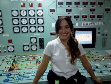 María Florencia Carrera es piloto de ultramar y licenciada en Transporte Marítimo, y ha llegado a pasar casi un año sin tocar tierra en un enorme buque