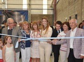 El hito empresario que enorgullece a la firma tuvo su corolario con la presencia en la inauguración de las nuevas instalaciones de la ministra de Industria de la Nación, Débora Giorgi