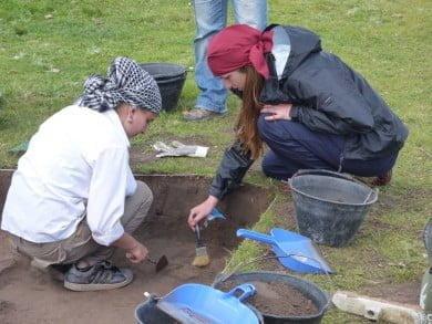 """Con la enorme generosidad de Gustavo Politis y la buena predisposición de su equipo de investigación, """"El Periodista"""" participó de una jornada de trabajo para experimentar de cerca la notable labor de los arqueólogos"""
