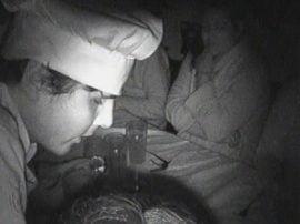 """Una cámara infrarroja permitió tomar imágenes, en la más absoluta oscuridad, de la experiencia en """"El Gallito Ciego"""""""