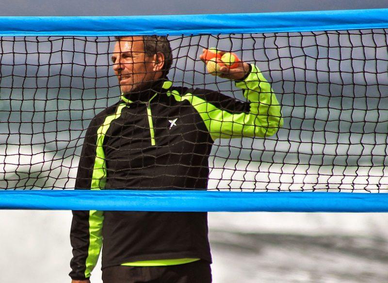"""""""El tenis playa en España es un deporte que, como en el resto del mundo, crece sin parar. Se practica desde hace más tiempo en las Islas Canarias, Catalunya, Melilla e Islas Baleares"""", describió Gustavo"""