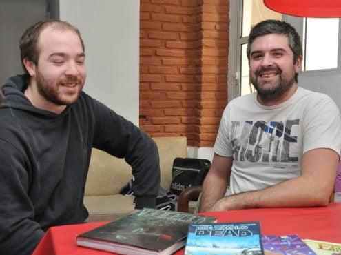 """Fernando Bassini y Conrado Santillán, dos entusiastas amantes de la lectura, el diseño, los denominados """"juegos de rol"""", los cómics y el manga, crearon su propia editorial"""