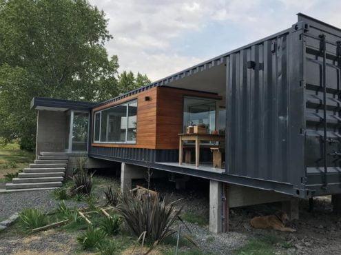 La primera casa realizada con containers en Tres Arroyos, está ubicada en el country Zurita