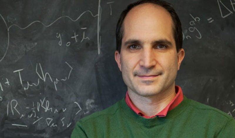 Juan Maldacena recibirá en noviembre próximo la Medalla Lorentz. La mitad de los hombres de ciencia que fueron acreedores a este reconocimiento recibieron luego el Premio Nobel