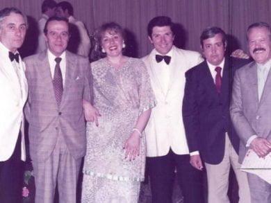 """""""Lilo"""" Bianculli (primero desde la derecha en la foto) y su manera única de tocar el piano han vencido al olvido"""