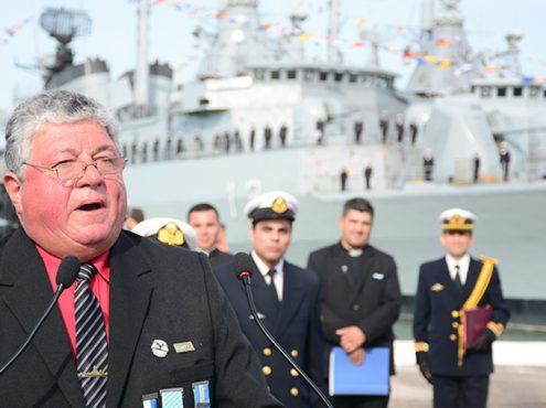 Blas Fernández en los actos por el 35° aniversario del hundimiento del ARA General Belgrano