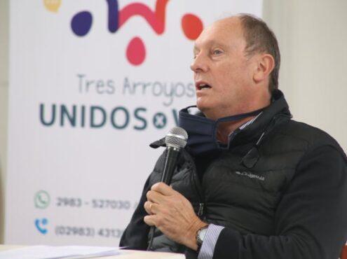 """Luis Cecarelli es el vocero de """"Unidos por Vos"""", que nuclea a clubes de servicio, iglesias y otras instituciones locales en una gran cruzada solidaria"""