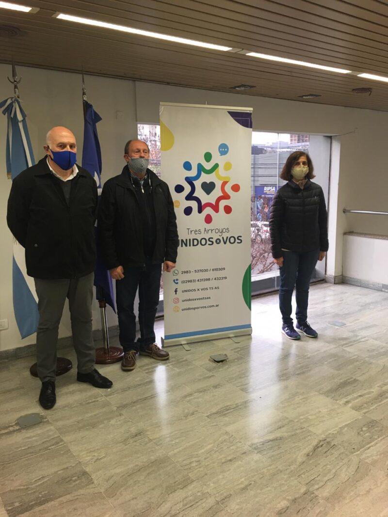 Entrega de donaciones del Banco Credicoop a Unidos por Vos Tres Arroyos