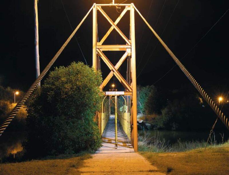 El puente peatonal, en otra de las fotografías de Germán