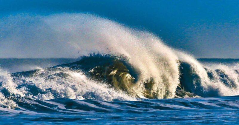 Castro y una imagen del mar, un paisaje que le es absolutamente afín