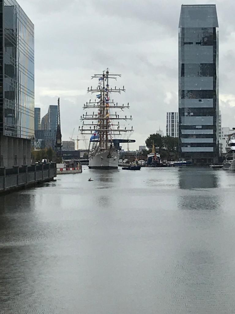 """La Fragata """"Libertad"""", orgullo naval de nuestro país, barco de instrucción que recorrió a partir de 1963 los mares del mundo, fue diseñada por el tresarroyense Amelio D' Arcángelo"""
