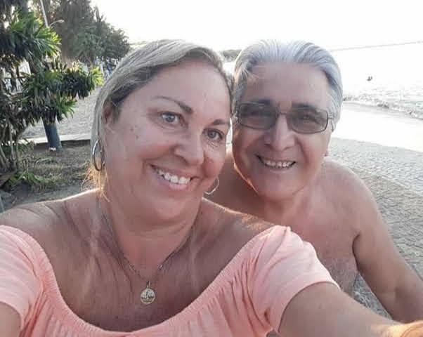 Alberto Curia y su esposa, la brasileña Nelma Mustafá. El tresarroyense vive en Brasil desde hace 15 años